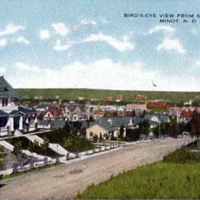 1915 Birds eye view to the South